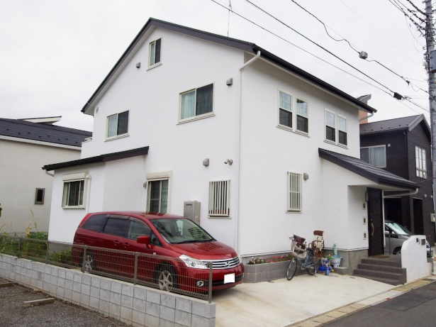 漆喰の家外観