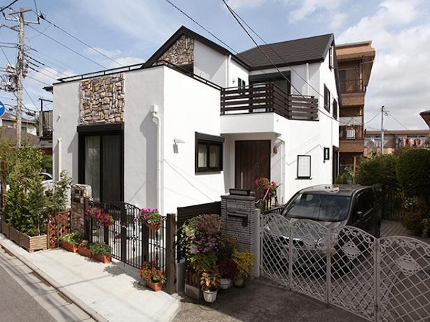 市川市 漆喰の家外観