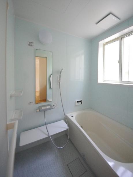 お手入れしやすい浴室