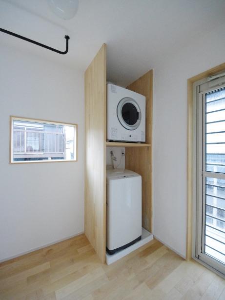 洗濯機・乾燥機の収納棚